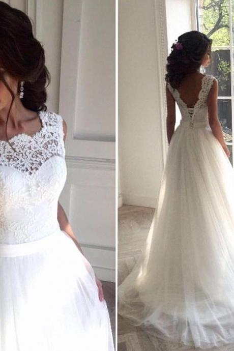White Sleeveless Wedding Dresses, Sexy Bridal Gowns with Appliques,Sleeveless Lace Wedding Dress