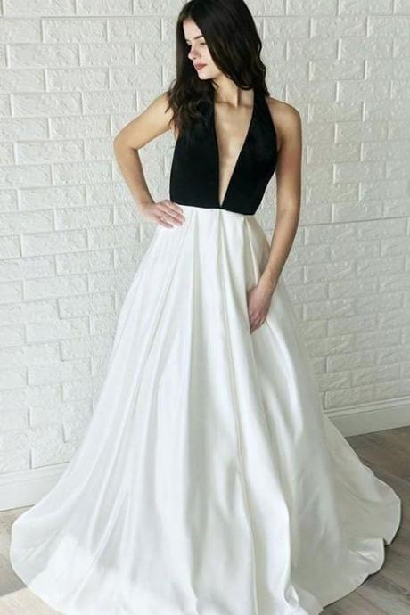 Black and White Wedding Dresses with Halter Neckline v-neck party dress