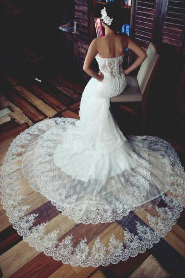Three Layers Lace Wedding Dress with Sweetheart Bodice strapless wedding dress