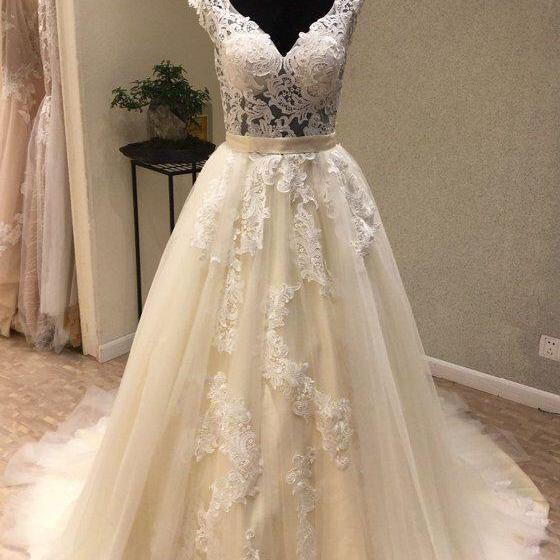 Strapless Sweep Train A Line Long Prom Dress With Floral Appliques,sweetheart wedding dress, sweep train bridal dress,lace applique WHITE V NECK TULLE LACE LONG PROM DRESS, WHITE TULLE WEDDING DRESS,BRIDAL DRESS